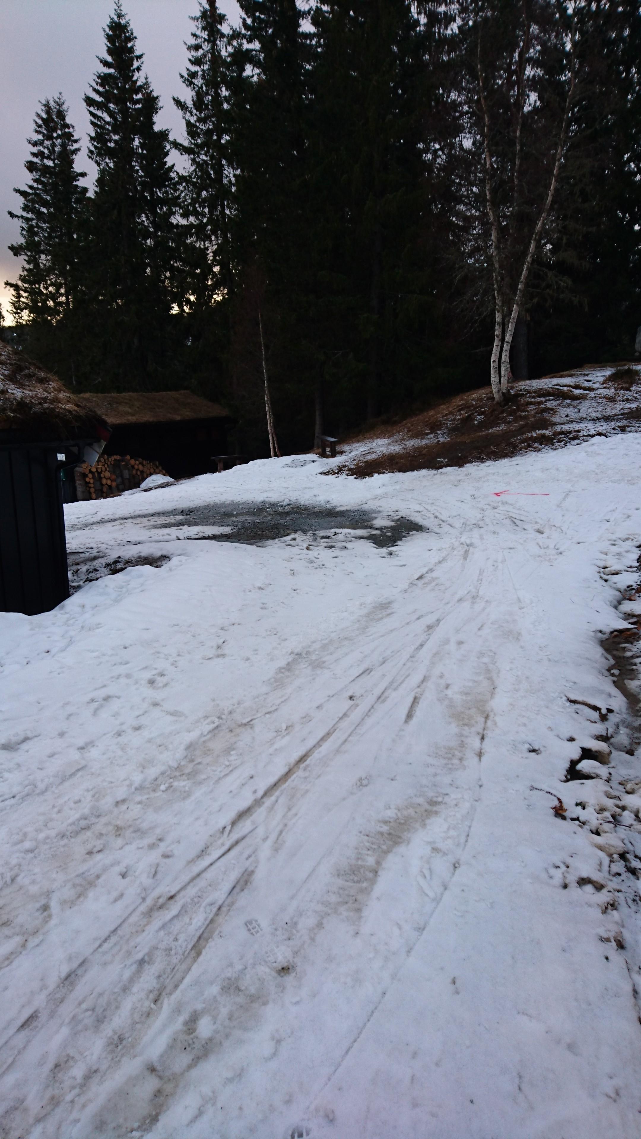 """Tunet på Grønlia. Her bør man vurdere å ta av seg skia, med mindre man vil spare """"verdifulle"""" sekunder."""