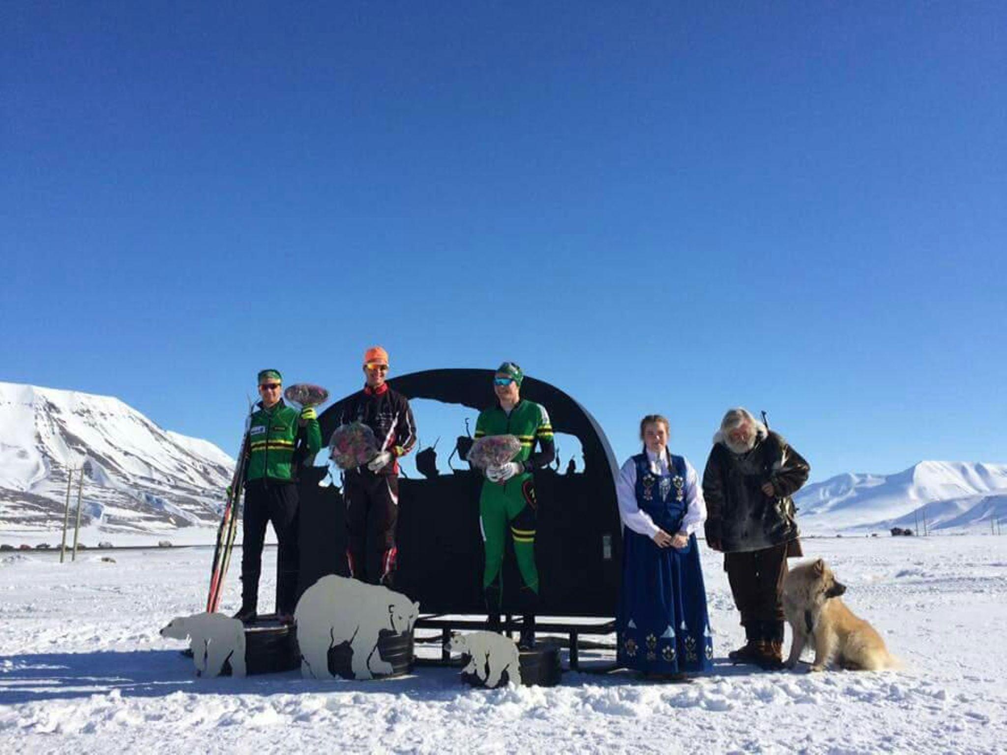2. plass til Tryg-Arne og 3. plass til Sebastian i sesongavslutningen Svalbard Skimaraton